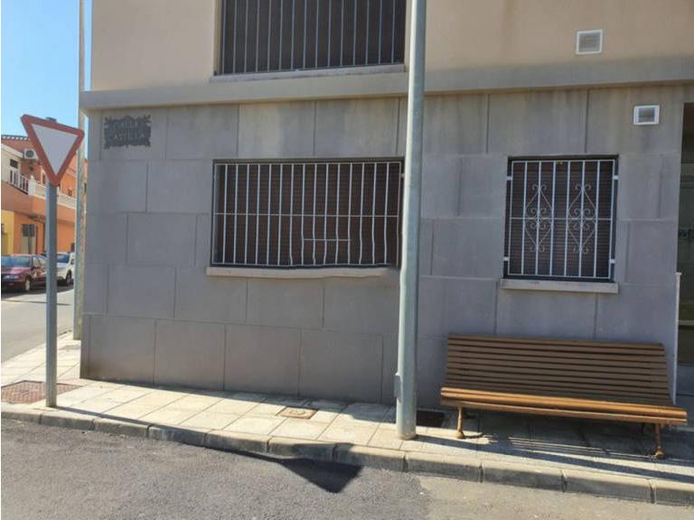 Piso en venta en Tabernas, Almería, Avenida Ricardo Fabrega, 36.500 €, 2 habitaciones, 1 baño, 88,44 m2