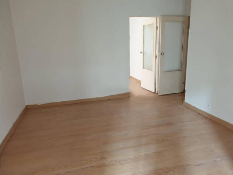 Piso en venta en Esquibien, Ávila, Ávila, Calle Blasco Jimeno, 66.000 €, 3 habitaciones, 1 baño, 60 m2