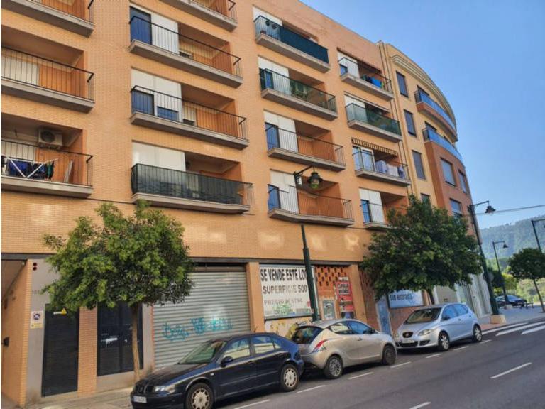 Piso en venta en Zona Alta, Alcoy/alcoi, Alicante, Avenida El Cami. Edificio El Parque, 80.000 €, 2 habitaciones, 1 baño, 103,16 m2
