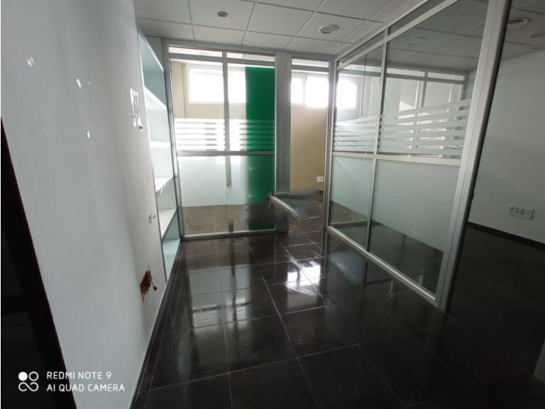 Local en venta en Local en Sevilla, Sevilla, 124.000 €, 91 m2