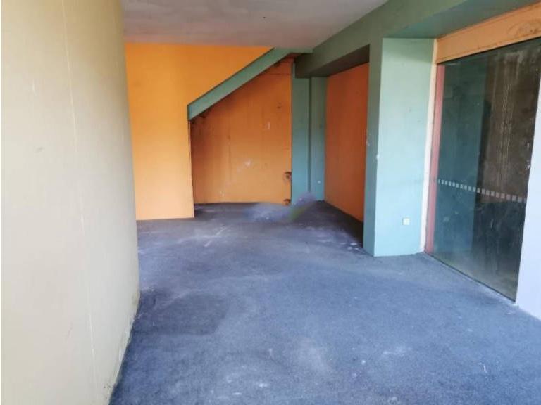 Local en venta en Zalla, Vizcaya, Calle El Baular, 119.500 €, 186 m2