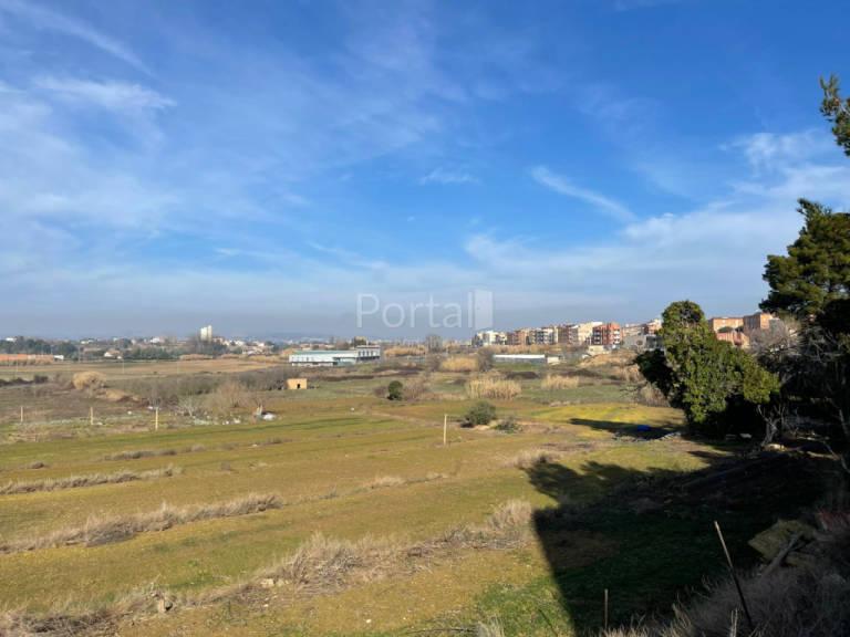Suelo en venta en Lleida, Lleida, Calle Sur 19, 273.870 €, 9129 m2