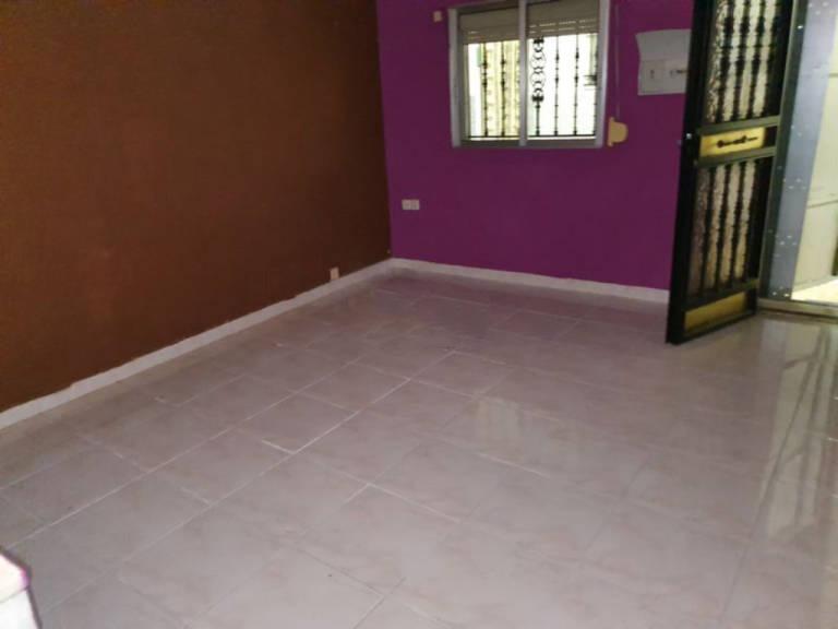 Casa en venta en La Abundancia, Cáceres, Cáceres, Calle Danubio, 31.500 €, 3 habitaciones, 2 baños, 66 m2