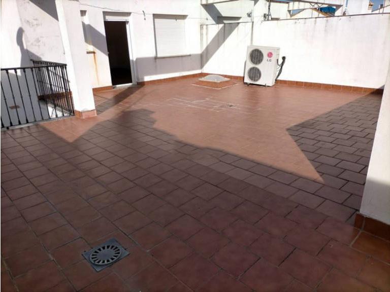 Piso en venta en Piso en Fuente Palmera, Córdoba, 112.000 €, 3 habitaciones, 2 baños, 170 m2