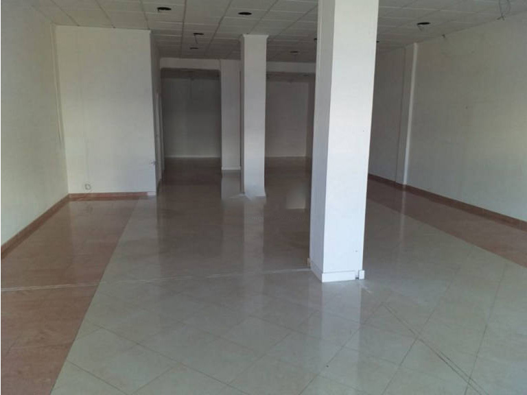 Local en venta en Local en Cartaya, Huelva, 54.000 €, 100 m2