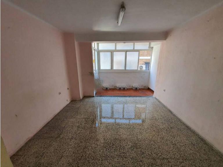 Piso en venta en Piso en Málaga, Málaga, 106.000 €, 3 habitaciones, 1 baño, 81 m2
