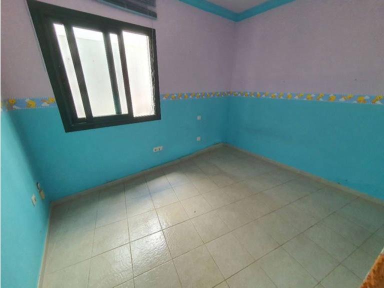 Piso en venta en Arrecife, Las Palmas, Calle Liria, 79.000 €, 2 habitaciones, 2 baños, 76 m2
