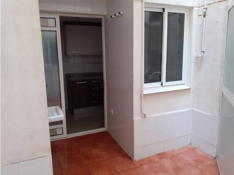Piso en venta en Piso en Alicante/alacant, Alicante, 112.100 €, 3 habitaciones, 2 baños, 72 m2