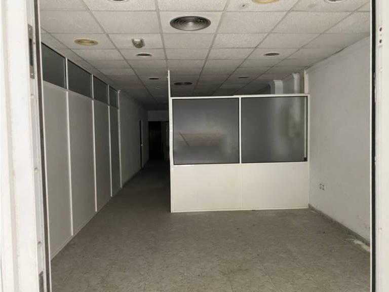 Local en venta en Local en Benetússer, Valencia, 82.600 €, 285 m2
