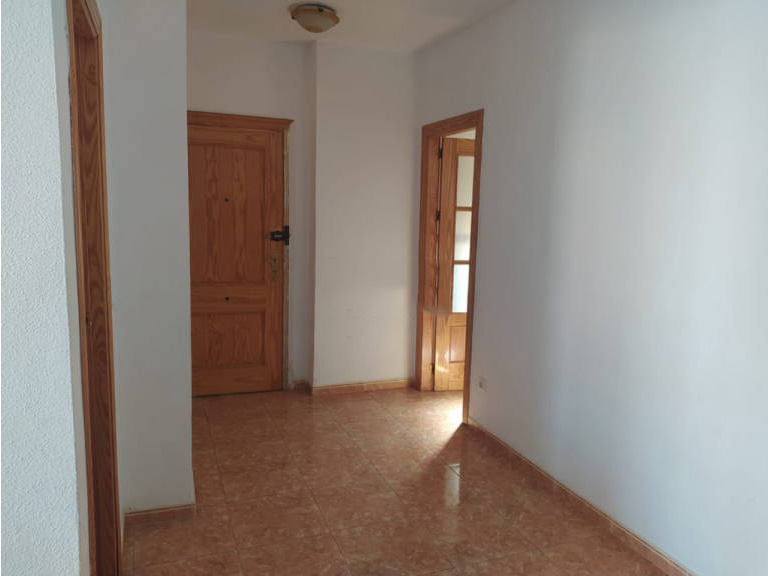 Piso en venta en Garrucha, Garrucha, Almería, Calle Alfonso Xii, 84.000 €, 3 habitaciones, 1 baño, 91 m2