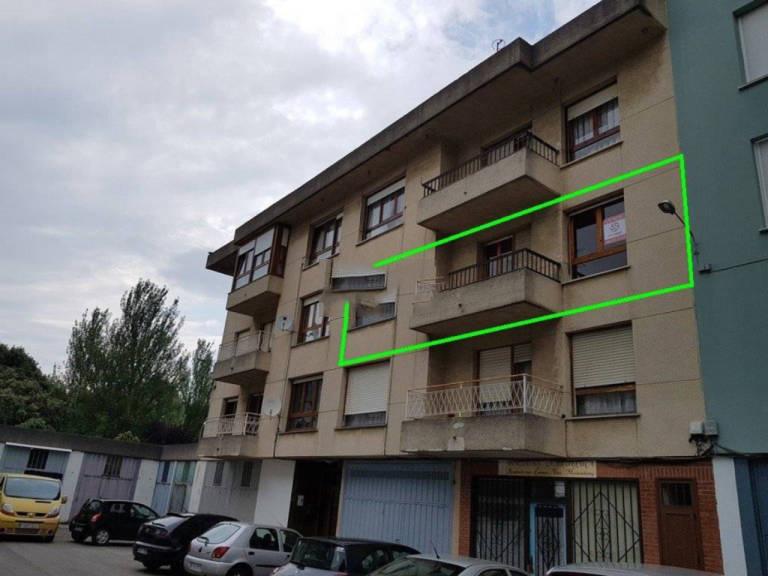 Piso en venta en Barrio Chino, Colindres, Cantabria, Calle Almirante Fontan, 105.000 €, 1 habitación, 1 baño, 106 m2