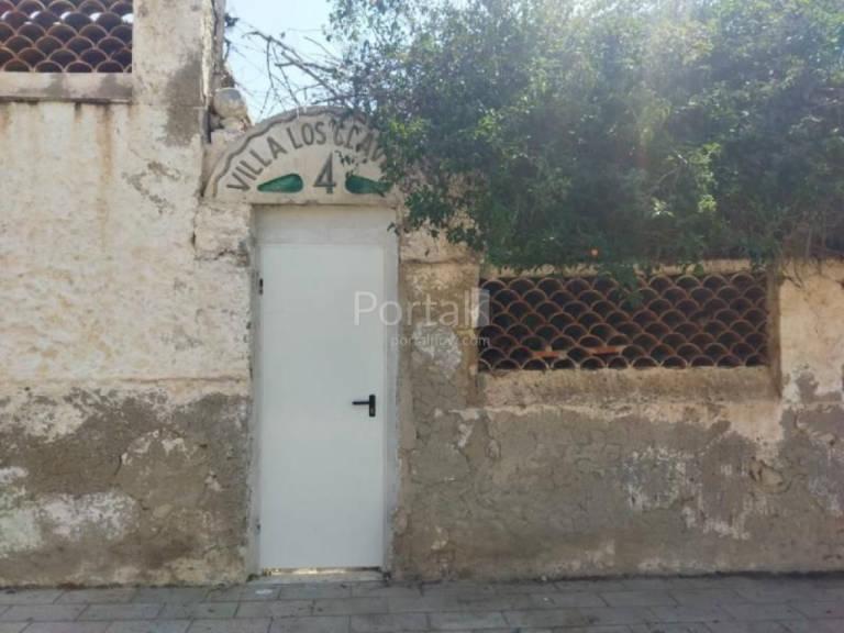 Suelo en venta en Parque de la Avenidas, Alicante/alacant, Alicante, Calle Escultor Montañez, 80.000 €, 328 m2