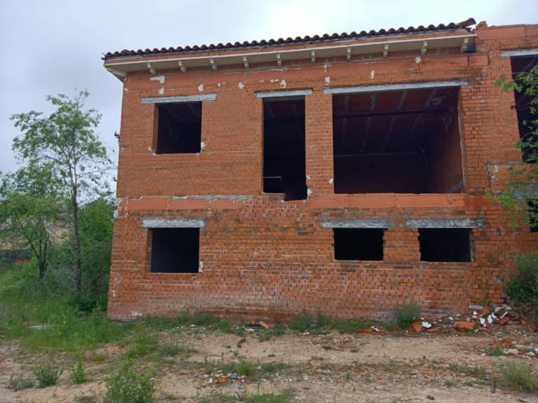 Casa en venta en El Ballestar, Barajas de Melo, Cuenca, Calle Jara, 34.000 €, 1 habitación, 1 baño, 219 m2
