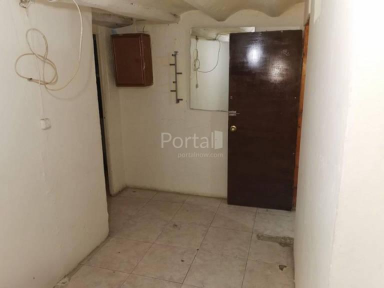 Piso en venta en Piso en Barcelona, Barcelona, 107.000 €, 2 habitaciones, 1 baño, 59 m2