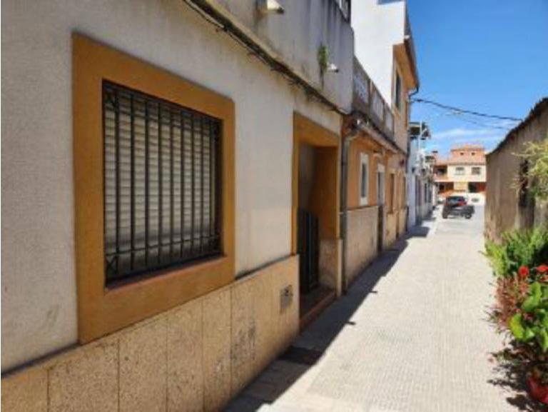 Casa en venta en Almoradí, Alicante, Calle de la Cruz, 59.000 €, 3 habitaciones, 2 baños, 72 m2