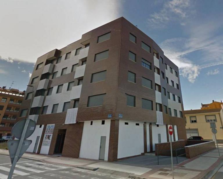 Piso en venta en Lardero, La Rioja, Calle Miguel Hernandez, 104.000 €, 2 habitaciones, 2 baños, 112 m2