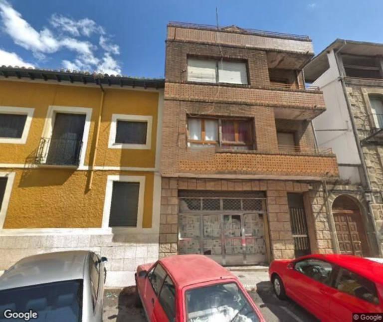 Piso en venta en Arenas de San Pedro, Ávila, Plaza Pontevedra, 47.400 €, 3 habitaciones, 1 baño, 74 m2