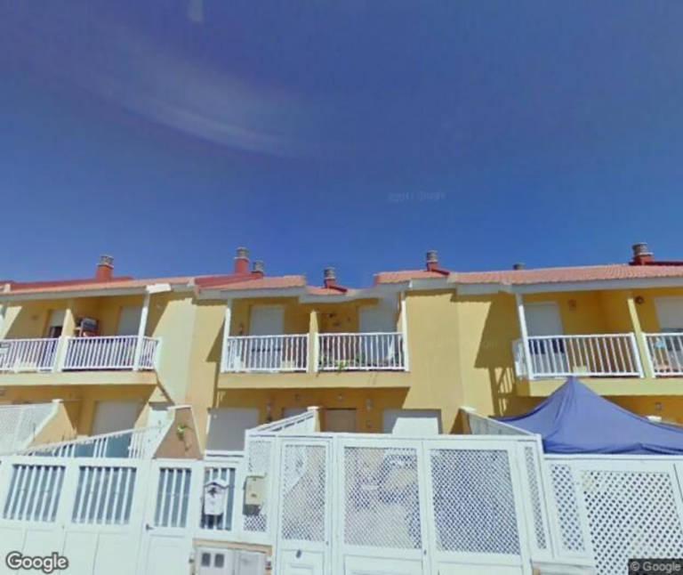 Casa en venta en Casa en Puerto del Rosario, Las Palmas, 99.000 €, 3 habitaciones, 1 baño, 71 m2