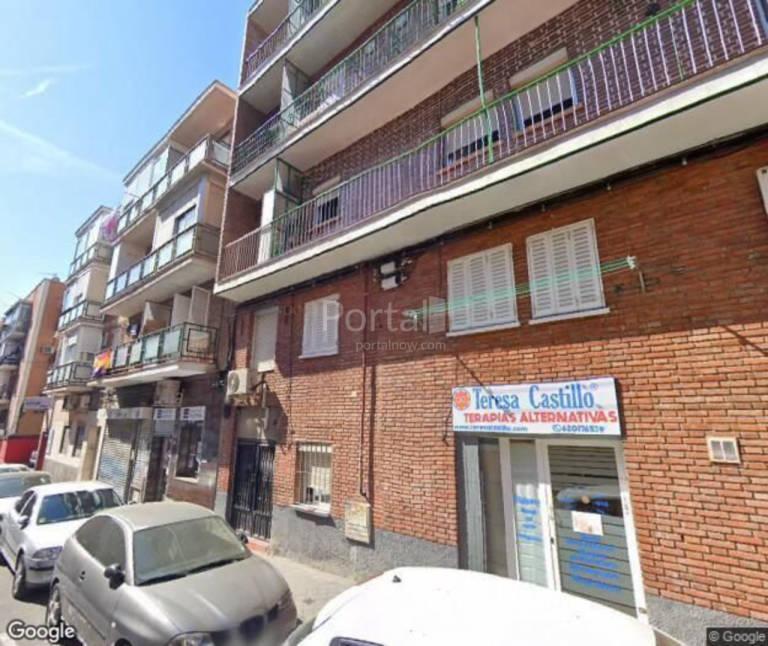 Industrial en venta en Carabanchel, Madrid, Madrid, Calle Carlos Domingo, 240.000 €, 489 m2