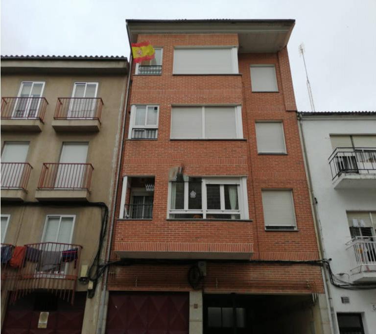 Piso en venta en Esquibien, Ávila, Ávila, Calle Santa Fe, 96.000 €, 2 habitaciones, 2 baños, 67 m2