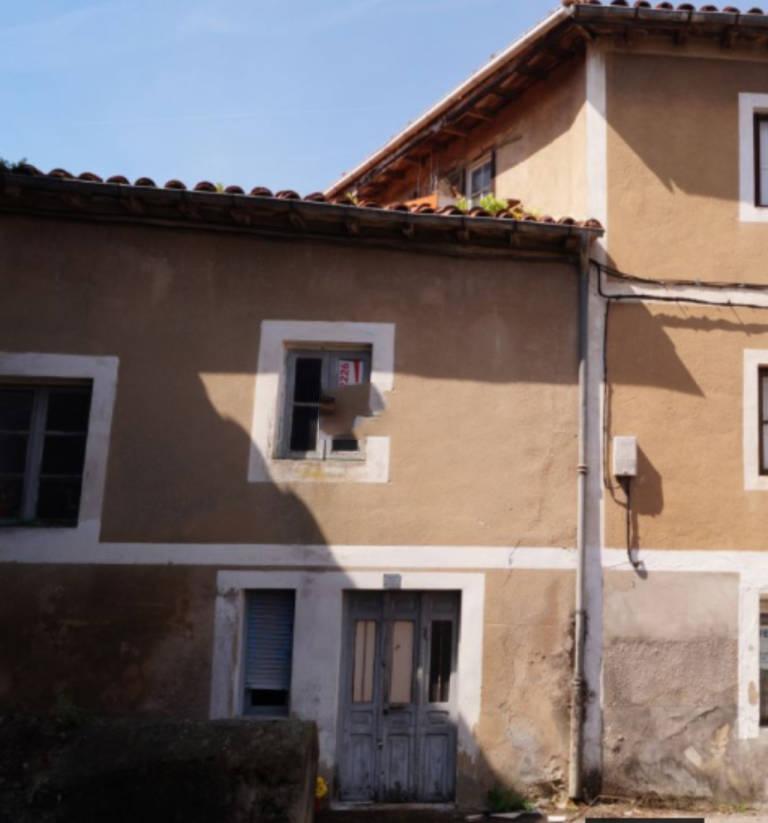 Piso en venta en Hazas de Cesto, Cantabria, Calle Barrio Estacion, 62.000 €, 3 habitaciones, 2 baños, 80 m2