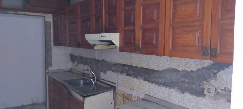 Piso en venta en Piso en Teror, Las Palmas, 88.000 €, 3 habitaciones, 2 baños, 125 m2