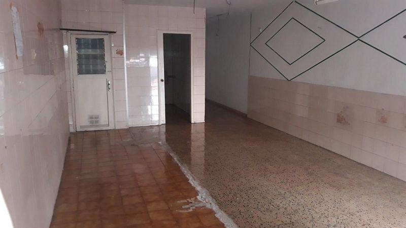 Local en venta en Local en Santa Coloma de Gramenet, Barcelona, 41.400 €, 51 m2