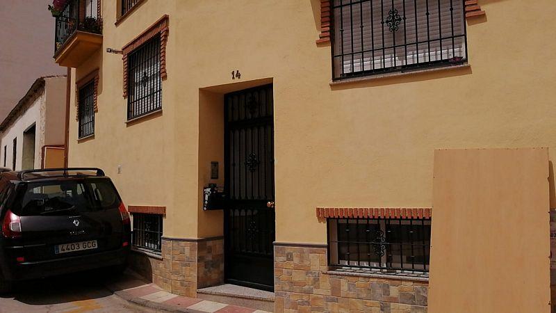 Piso en venta en Piso en Cúllar Vega, Granada, 85.000 €, 2 habitaciones, 1 baño, 74,25 m2