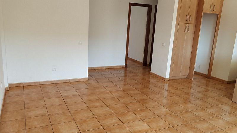 Piso en venta en Piso en la Oliva, Las Palmas, 132.000 €, 2 habitaciones, 1 baño, 69 m2, Garaje