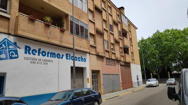 Piso en venta en Barrio del Perpetuo Socorro, Huesca, Huesca, Calle Niágara, 75.000 €, 3 habitaciones, 1 baño, 78 m2