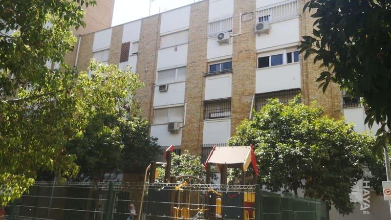 Piso en venta en Distrito Macarena, Sevilla, Sevilla, Calle Romeros Los, 56.000 €, 1 habitación, 1 baño, 55 m2
