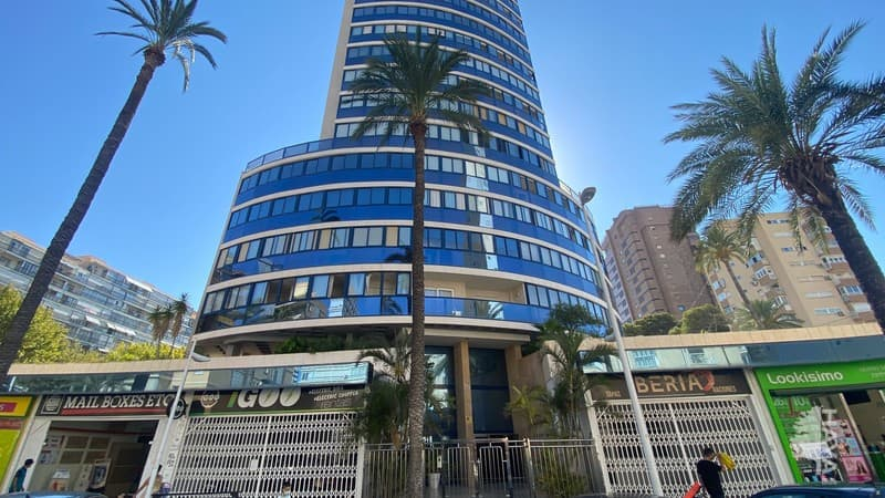 Piso en venta en Benidorm, Alicante, Avenida de Biblao, 324.400 €, 3 habitaciones, 2 baños, 98 m2