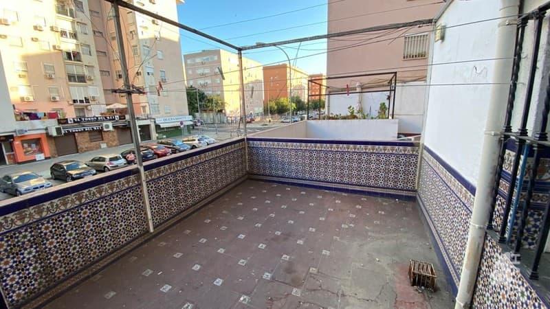 Piso en venta en Piso en Sevilla, Sevilla, 81.800 €, 3 habitaciones, 1 baño, 84 m2