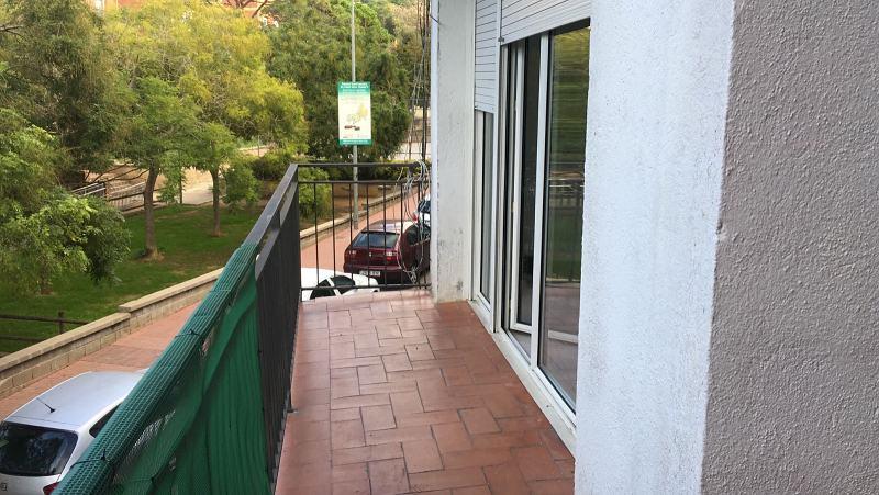 Piso en venta en Piso en Lloret de Mar, Girona, 134.000 €, 4 habitaciones, 1 baño, 136 m2