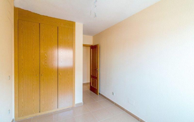 Piso en venta en Piso en Yuncler, Toledo, 88.000 €, 2 habitaciones, 2 baños, 90,2 m2, Garaje