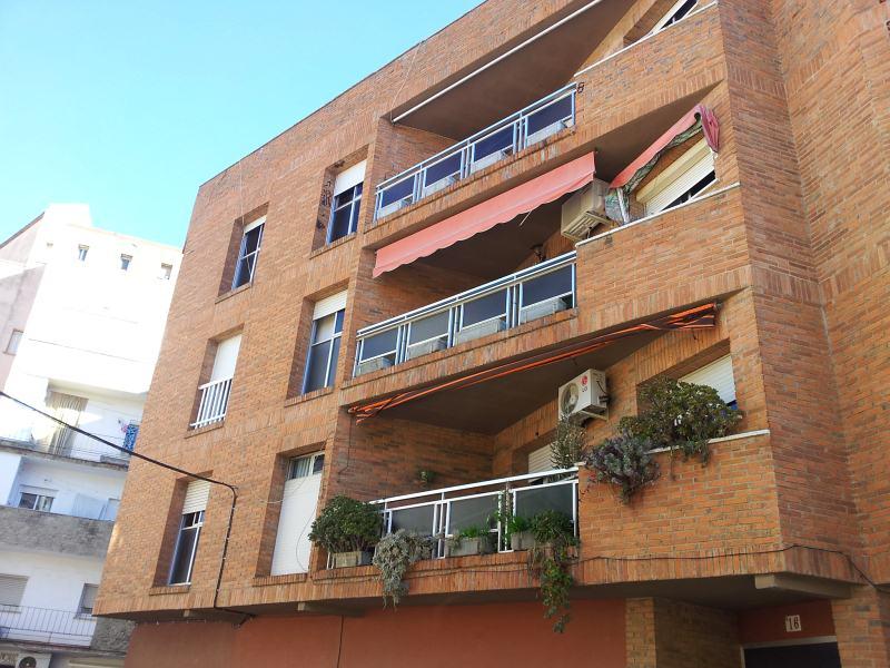 Piso en venta en Mérida, Mérida, Badajoz, Calle Vespasiano, 88.000 €, 4 habitaciones, 2 baños, 125 m2
