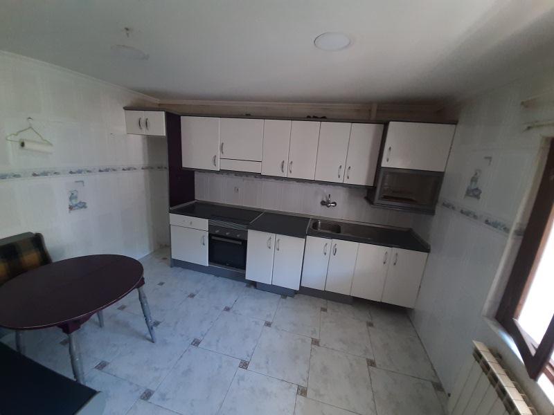 Piso en venta en Figareo, Mieres, Asturias, Calle Santa Marina, 57.000 €, 2 habitaciones, 1 baño, 82 m2