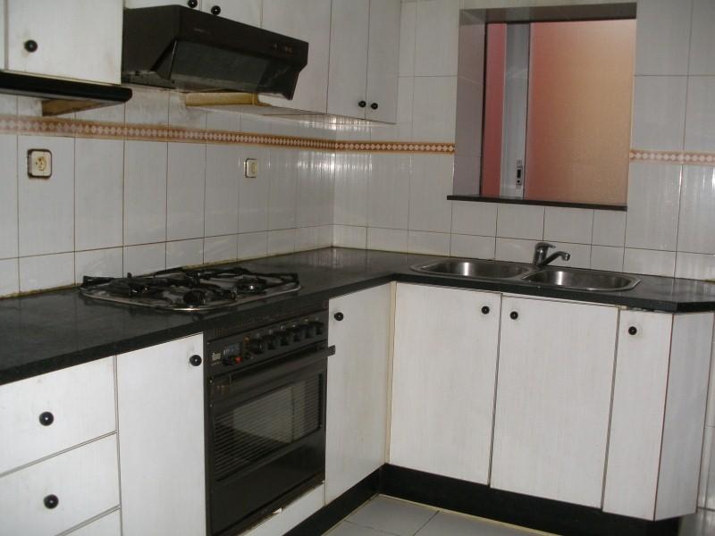 Piso en venta en Font de la Pólvora, Girona, Girona, Calle Hortensia, 53.000 €, 3 habitaciones, 1 baño, 74 m2