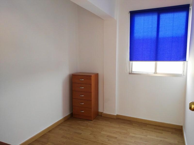 Piso en venta en Piso en Narón, A Coruña, 25.900 €, 3 habitaciones, 1 baño, 71 m2