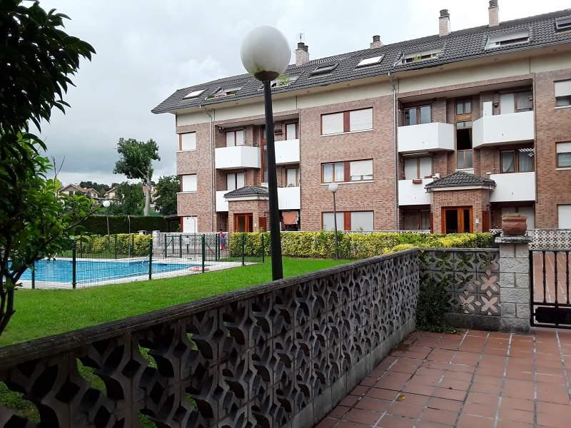 Piso en venta en Barcena de Cicero, Bárcena de Cicero, Cantabria, Barrio Gama, 105.000 €, 2 habitaciones, 2 baños, 83 m2