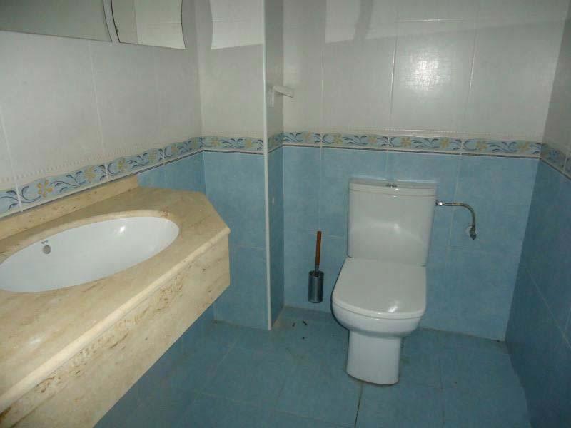 Local en venta en Local en Santander, Cantabria, 102.339 €, 131 m2