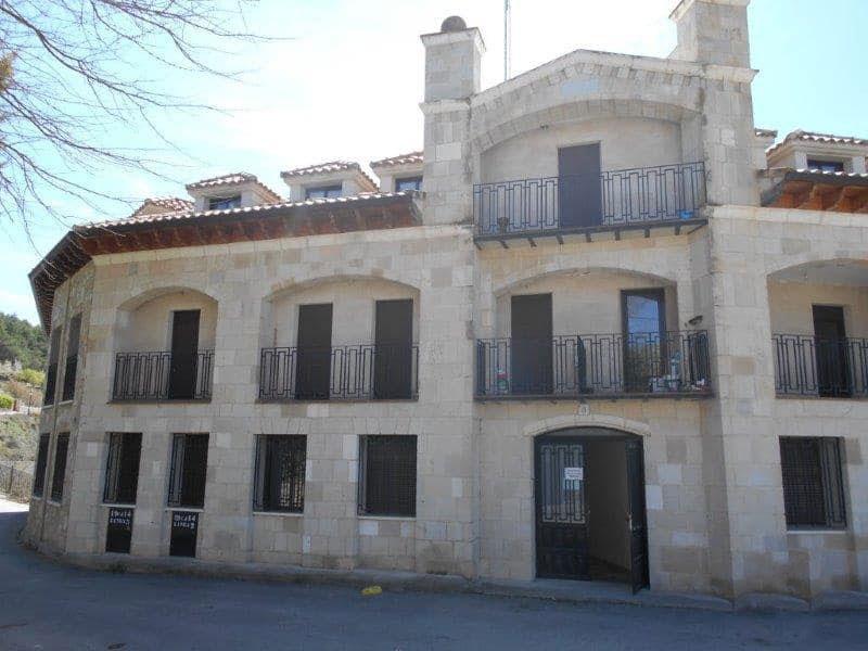 Piso en venta en Piso en Fuentelencina, Guadalajara, 93.098 €, 3 habitaciones, 1 baño, 98 m2
