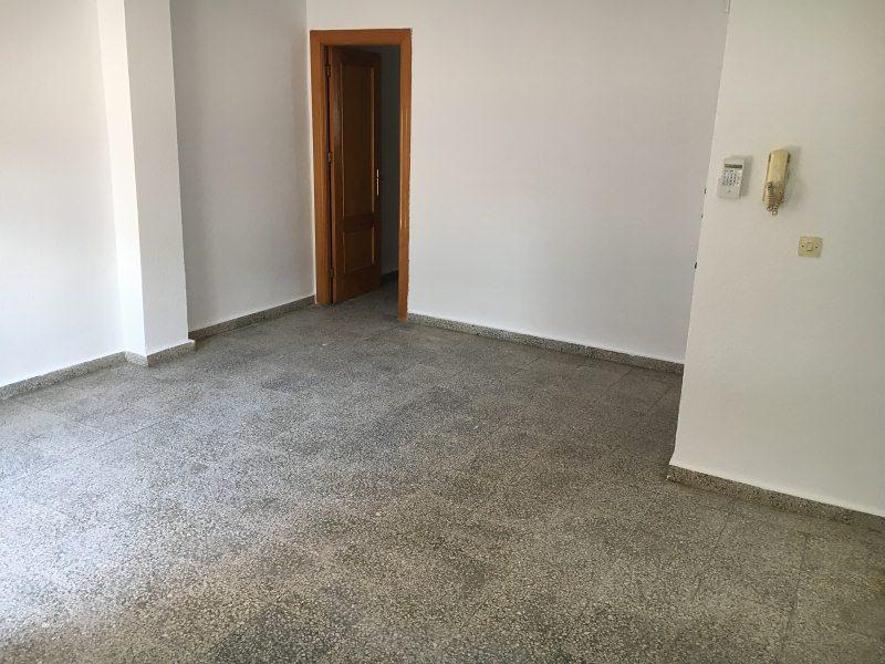 Piso en venta en Guadix, Granada, Calle Doctor Pulido, 63.000 €, 3 habitaciones, 1 baño, 88 m2