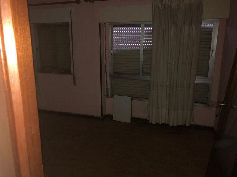 Piso en venta en Las Caldas de Besaya, los Corrales de Buelna, Cantabria, Calle Nuestra Señora de la Caldas, 40.000 €, 2 habitaciones, 1 baño, 52,53 m2