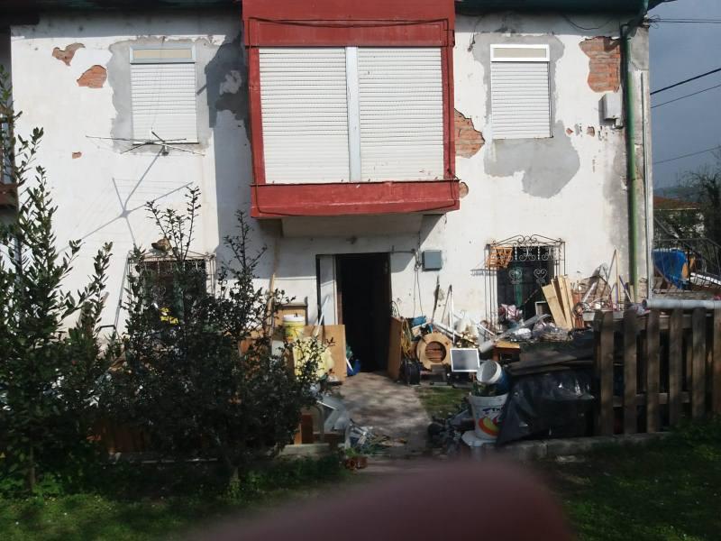 Piso en venta en Barrio la Quintana, los Corrales de Buelna, Cantabria, Calle Mies del Agua Centro, 27.000 €, 1 habitación, 1 baño, 53 m2