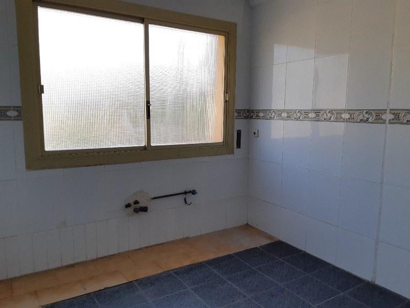 Piso en venta en Piso en Roquetas de Mar, Almería, 78.000 €, 3 habitaciones, 1 baño, 92 m2