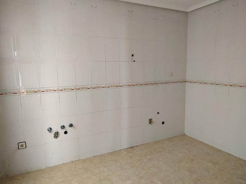 Casa en venta en Casa en Villacañas, Toledo, 101.000 €, 3 habitaciones, 1 baño, 220 m2