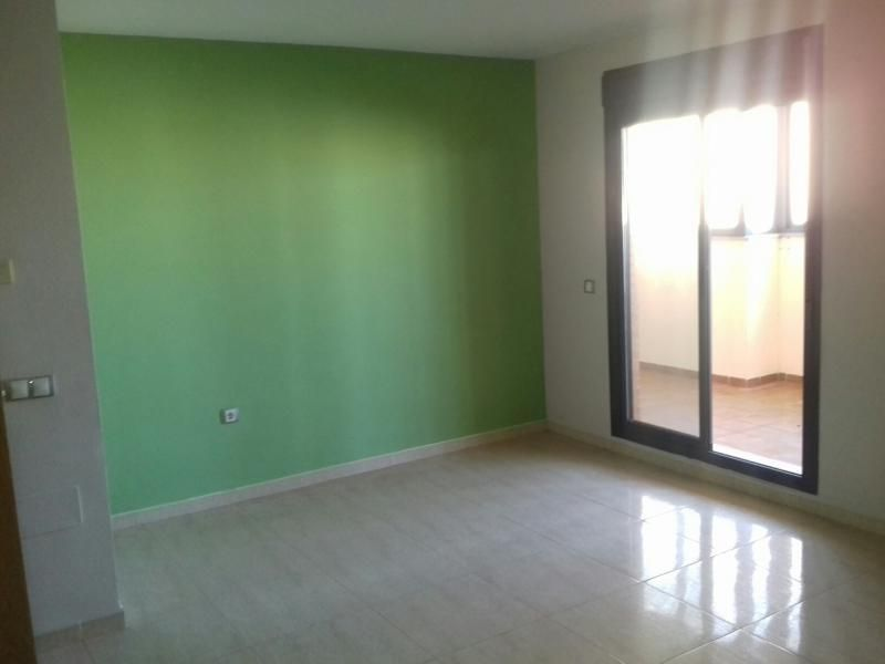 Piso en venta en Piso en Roquetas de Mar, Almería, 130.425 €, 2 habitaciones, 2 baños, 100 m2