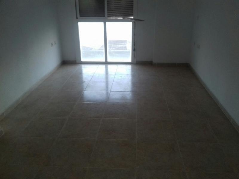 Piso en venta en Piso en Roquetas de Mar, Almería, 49.000 €, 2 habitaciones, 1 baño, 68 m2