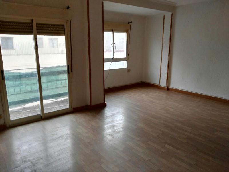 Piso en venta en Albacete, Albacete, Calle Joaquín Quijada, 76.000 €, 3 habitaciones, 113 m2